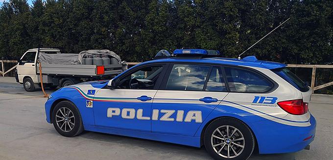 polstrada_sequestro_camioncino_ trasporto_gas_propano_slider_002